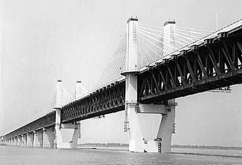 刚架桥结构简图